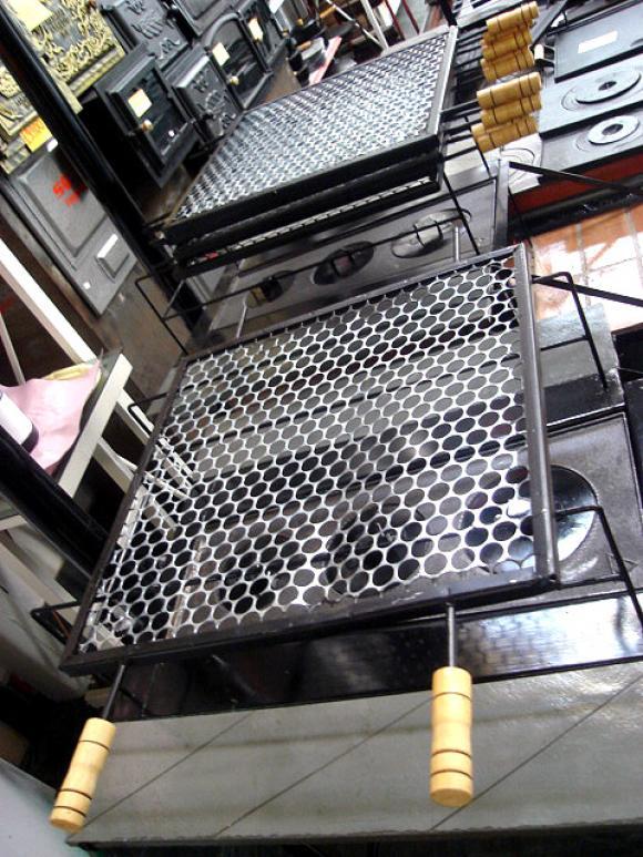 GRELHA 50X50 INOX cabo de madeira,grelha para churrasco
